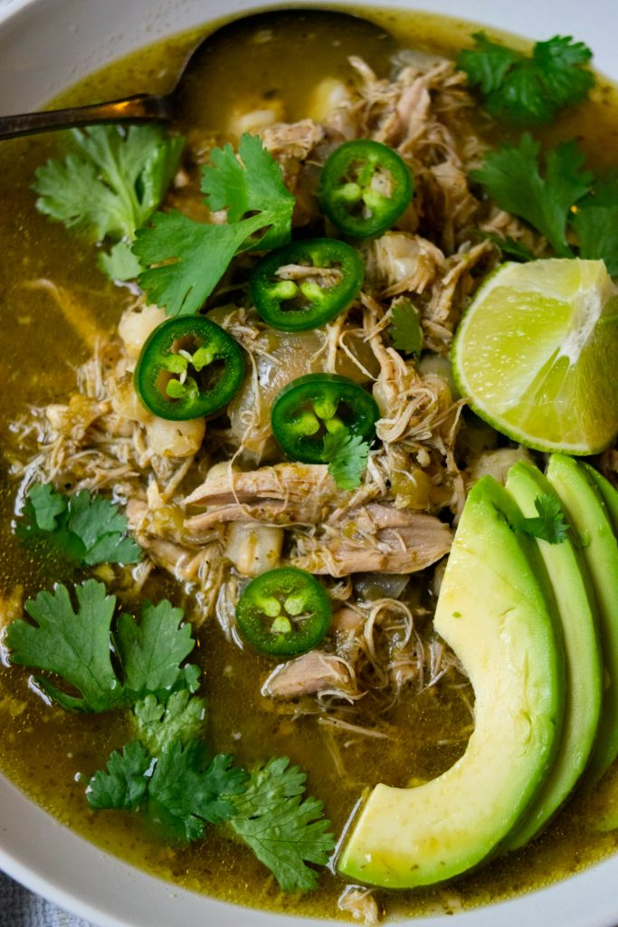 slow-cooker-crockpot-chicken-pozole-verde-5