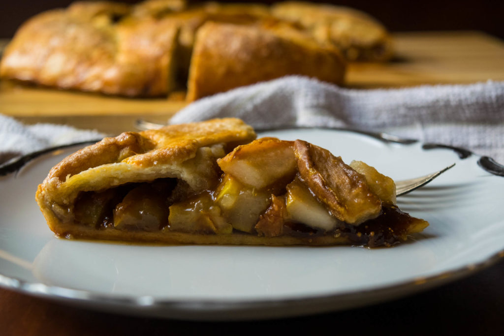 pear fig galette