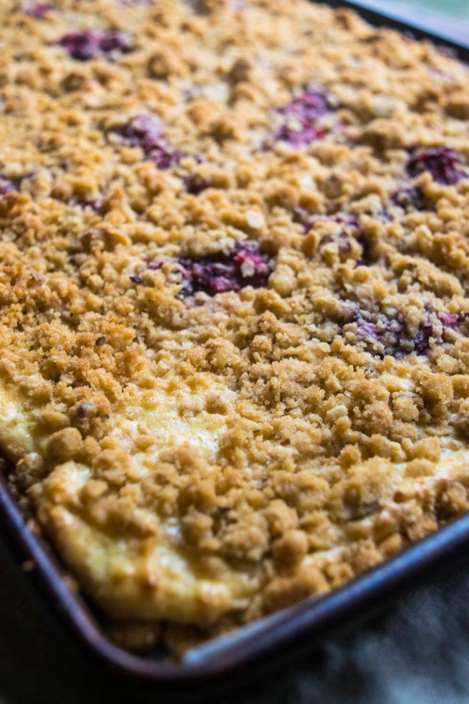 blackberry lime cheesecake bars