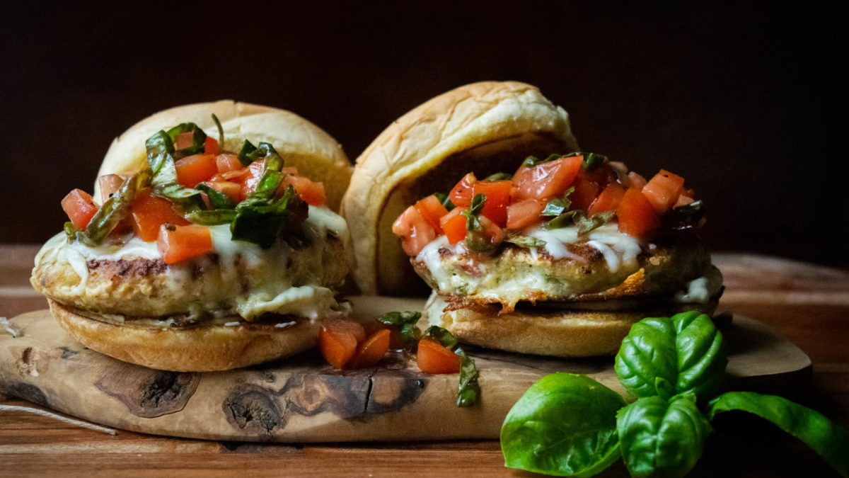 juicy pesto chicken burger