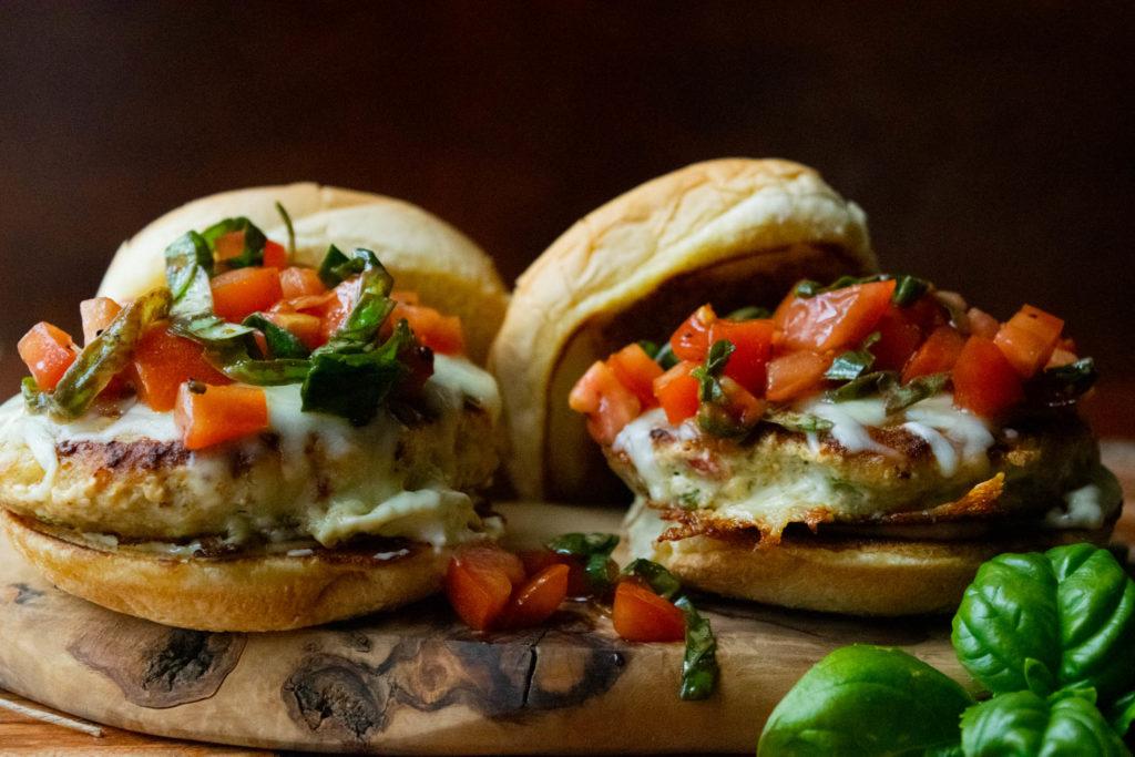 pesto chicken burgers with bruschetta