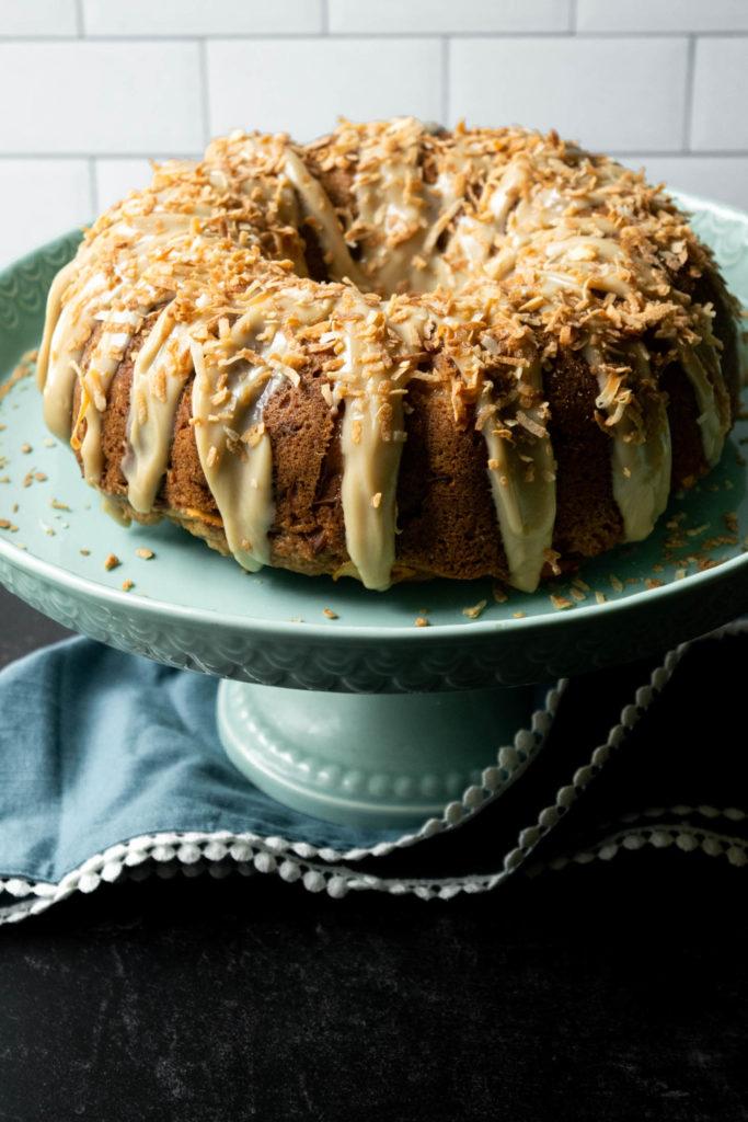 bundt cake on cake stand