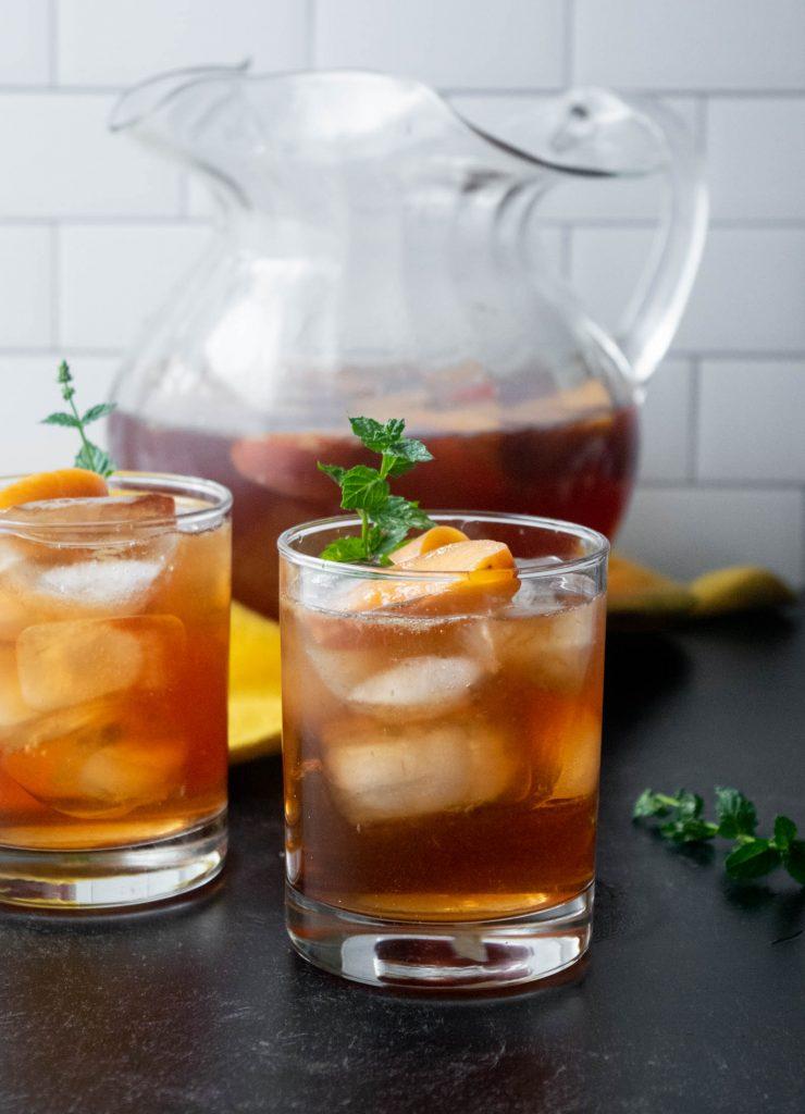 peach vodka tea cocktails