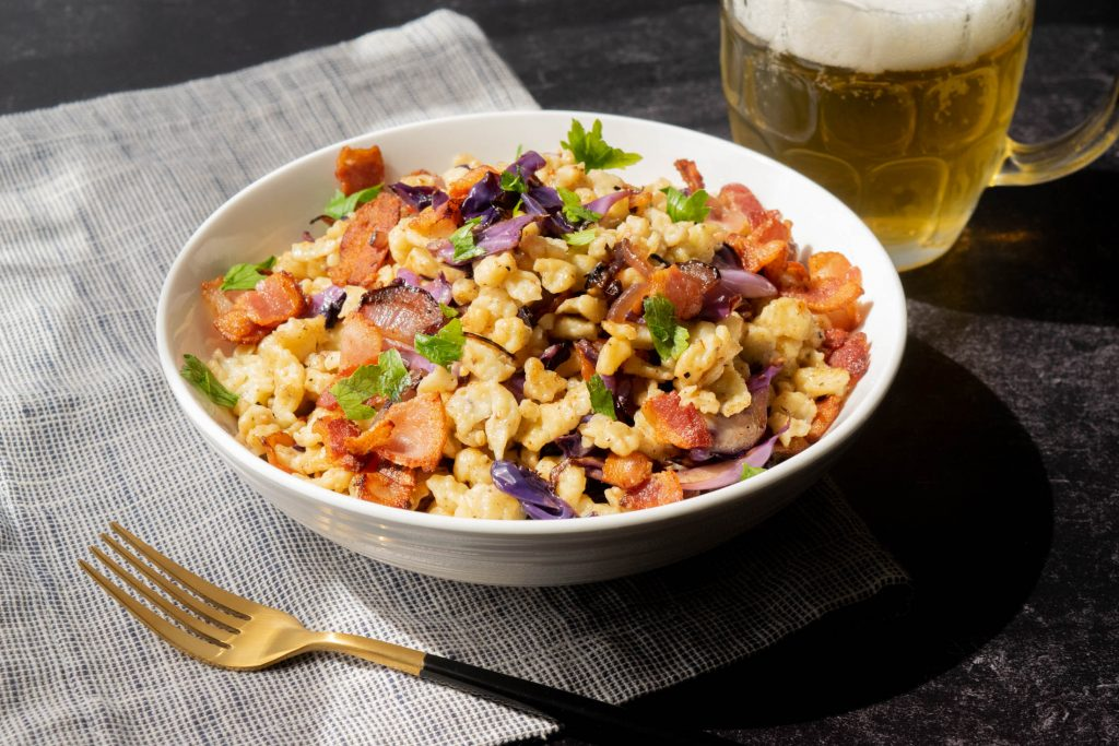 Spaetzle with Red Cabbage and Bacon