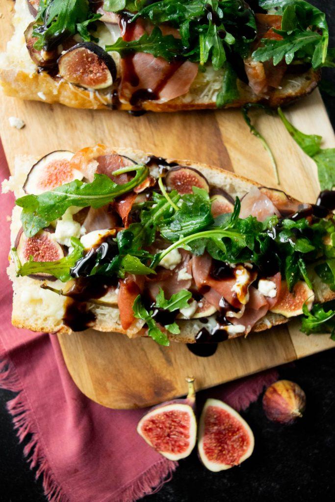 overhead french bread pizza