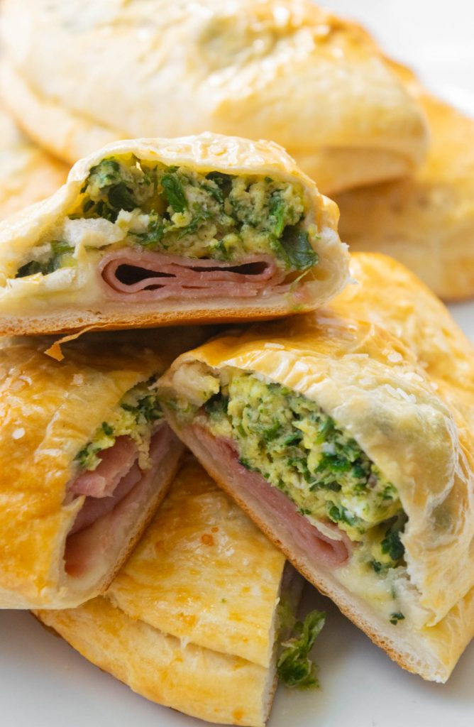 Green Eggs and Ham Breakfast Pockets