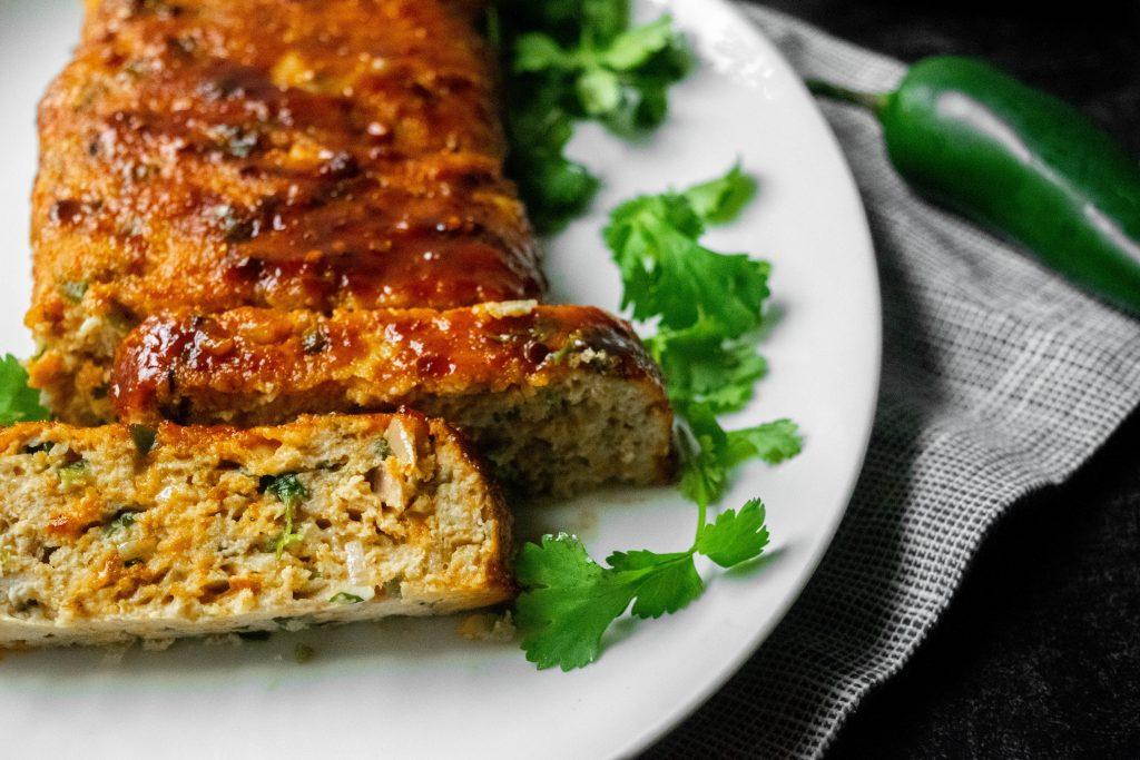chiptole-cheddar-chicken-meatloaf