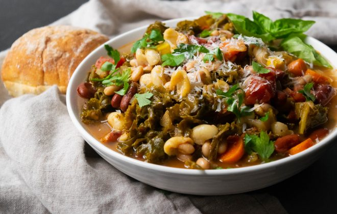 Instant Pot Minestrone Soup with Kale
