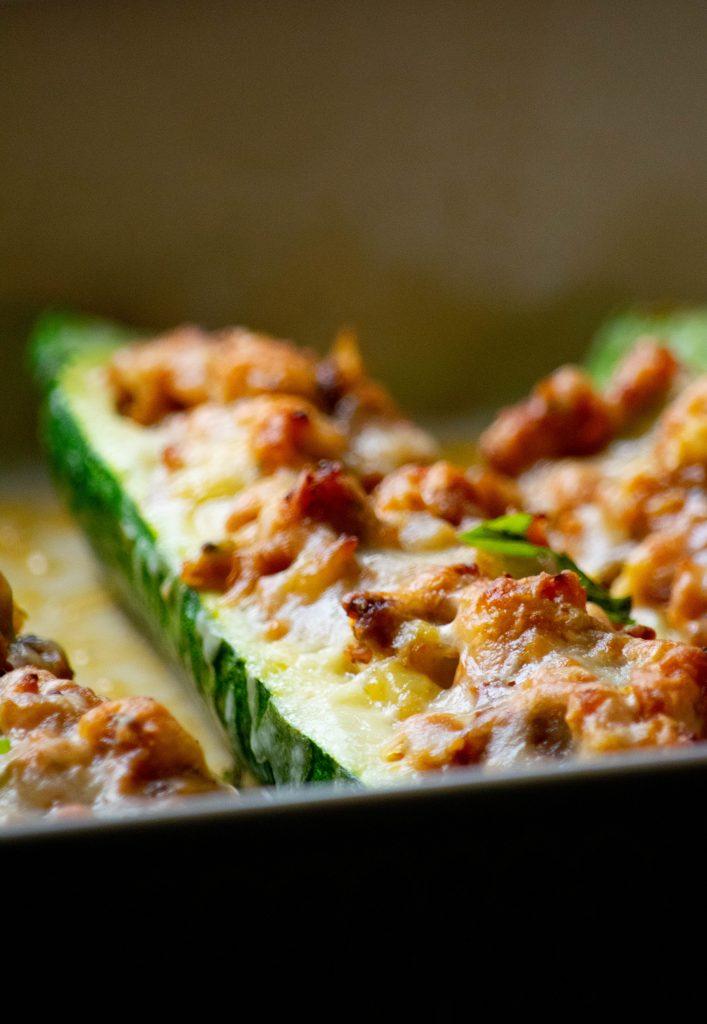 italian chicken sausage zucchini boats